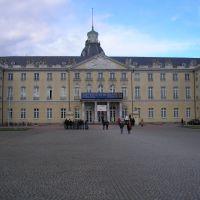 Karlsruhe le chateau        http://balladedansleschateaux.spaces.live.com/, Карлсруэ