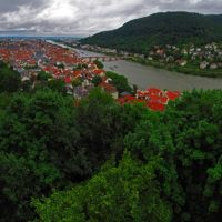 GER Heidelberg Schloss - City - [Neckar] from Schlossgarten in the rain Panorama by KWOT, Хейдельберг