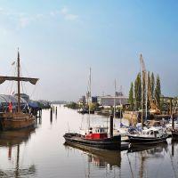 Hafen mit Kogge - (C) by Salinos_de HB, Бремен
