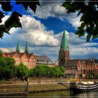 Bremen Schlachte, St.-Martini-Kirche (built 1384), Бремен
