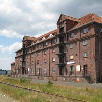 """Wilhelmshaven - Historische Gebäude an der """"Emsstraße"""" - Städtisches Lagerhaus am Handelshafen aus dem Jahre 1912, Вильгельмсхавен"""