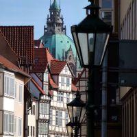 Hannover, Altstadt mit Rathauskuppel, Ганновер
