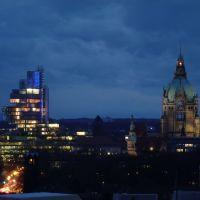Rathaus und Nord LB bei Nacht, Hannover, Ганновер