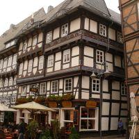 Goslar - Butterhaus am Markt -  im über 500 Jahre alten Gildehaus der Filzhutmachen, Гослар