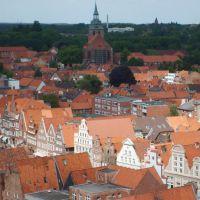 Blick über den Sande zur Michaeliskirche, Лунебург