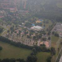 Luftaufnahme | Hallenfreibad Lebenstedt | Parkplatz | Salzgitter Lebenstedt, Salzgitter