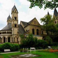 St.Kastor-Basilika und der Blumenhof, Кобленц