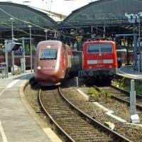 TGV Thalys neben RE in Aachen HBF, Аахен