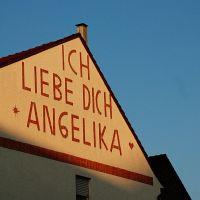 Graffito an Häuserfassade, Ahlen, Ален