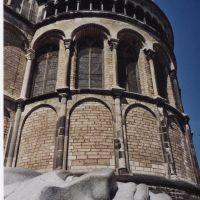 Münsterkirche in Bonn, mit Stadtpatron Cassius, Бонн