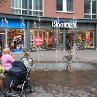 . . . dabei war es heute nur noch 22 Grad warm - - also : Auf nach Holland !, Бохольт