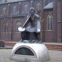 Bergmann-Bronzeplastik an der katholischen Kirche am Neumarkt, Гельзенкирхен