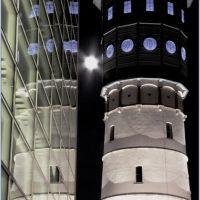Wasserturm, Mond und Theater, Гутерсло