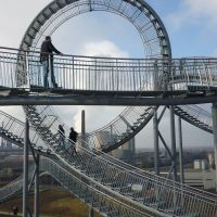 "Landmarke ""Tiger & Turtle – Magic Mountain"", Looping (Duisburg-Wanheim-Angerhausen) / 28.01.2012, Дойсбург"