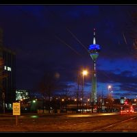 Dusseldorf: the tower at night, Дюссельдорф
