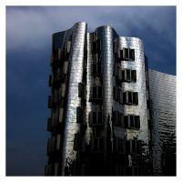 Neuer Zollhof by O. Gehry, Дюссельдорф