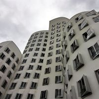 "O. Gehry Building Düsseldorf (Germany), called ""Neuer Zollhof"", Дюссельдорф"