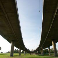 Kniebrücke von unten, Дюссельдорф