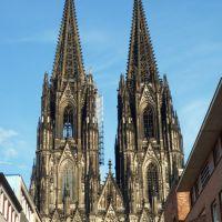 """Kölner Dom aus der Straße """"Burgmauer"""" betrachtet // Cologne Cathedral, Кёльн"""
