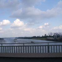 Rheinbrücke Krefeld B288 FR Duisburg (autoshot), Крефельд