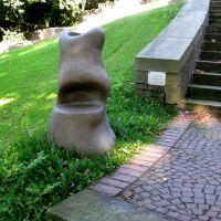 Skulpturengarten, Garbage Cans, 1999, von Jorge Pardo (2008), Монхенгладбах