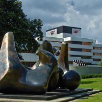 "Henry Moores ""Wirbel"", Мюнстер"