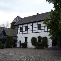 Wasserburg Haus zum Haus, Ratingen, Innenhof, Ратинген