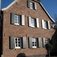 Domhof, Нидеркассель