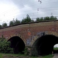 Eisenbahnbrücke Richtung Norden hinter dem Hammer Hauptbahnhof. Gesehen von Osten., Хамм