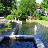 Bad Hersfeld - Brunnen vor der Stadthalle, Бад Херсфельд