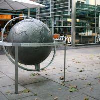 Globus in der Fußgängerzone Bremerhaven, Бремерхафен