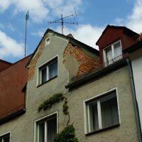 Alte Mauerwerk unterhalb abblätternde Stuck., Вайден