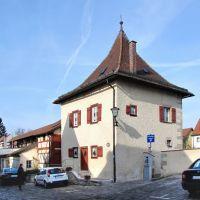 Weißenburg in Bayern - Neues Haus urspr. als Gefängnis erbaut, Вайсенбург