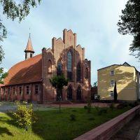 Kirche mit Tonnengewölbe an der Goethestraße in Waren, Варен