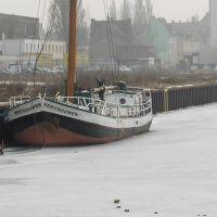zugefrorenes Hafenbecken am 3. Februar 2006, Дортмунд
