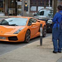 Voll Erwischt! Orangefarbener Lamborghini wird durch blaues Wunder gnadenlos amtlich erfasst u.s.w..., Дортмунд