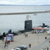 Sassnitz - přístav (maják a ponorka H.M.S.OTUS - plovoucí mořské muzeum), Засниц