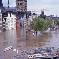 River Rhine flooding Cologne in May 1983, Кельн