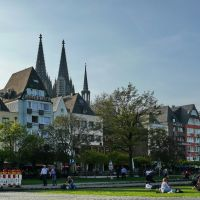 Koln beside of Rhine River _MR, Кельн