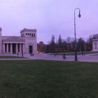 GER Muenchen Koenigsplatz ~GRE~ Panorama by KWOT, Мюнхен