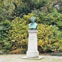 Plauen - Denkmal Julius Mosen (Julius Moses), er war Dichter u. Schriftsteller und ging in Plauen aufs Gymnasium, heute vor allem als Dichter des Andreas-Hofer-Liedes bekannt, Плауен