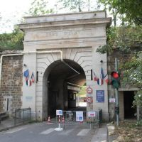 Entree du Fort dIvry, Иври