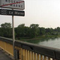 El puente de Nogent-sur-Marne, Fr., Фонтеней-су-Буа