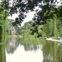 Dans le bois de Vincennes,à Paris,le lac des minimes., Фонтеней-су-Буа