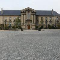Reims: Palais de justice vu de la place du Cardinal Luçon., Реймс