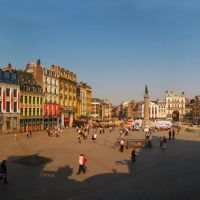 FRA Lille Place du General de Gaulle (Grand Place) Panorama by KWOT, Лилль