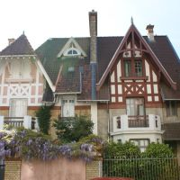 Boulogne-billancourt. maison bourgeoise Boulonnaise, Асньер