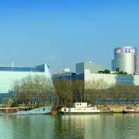 France, le siège de TF1 à Boulogne Billancourt, au bord de la Seine quai St Exupéry, Исси-ле-Мулино
