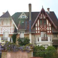 Boulogne-billancourt. maison bourgeoise Boulonnaise, Коломбес