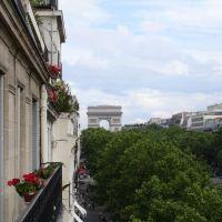 Porte Maillot: Arc de Triomphe, Левальлуи-Перре